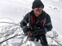 ELEKTRİK ENERJİSİ - Dicle Elektrik Ekibinin Zorlu Kış Mücadelesi Sürüyor
