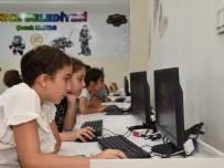 ÖĞRENCİLER - Düzce Belediyesi Çocuk Kulübüne 4 Yeni Branş Eklendi