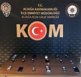 POLİS - İzmir'de Tütün Ve Kaçak Cep Telefonu Operasyonu