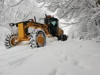 Karabük'te Kapalı Köy Yolları Açıldı