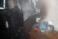 POLİS - Kayseri'de Ev Yangını, Dumandan Zehirlenen 2 Kardeş Tedavi Altına Alındı