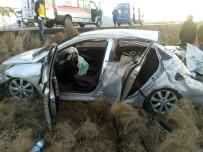 DİREKSİYON - Konya'da Otomobil Takla Attı Açıklaması 8 Yaralı