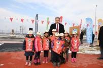 YÜRÜYÜŞ YOLU - Melikgazi'de Hayrettin Karaca Parkı Açıldı
