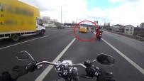 DİREKSİYON - Motosiklet Sürücülerinin Ölümden Döndükleri Anlar Kamerada