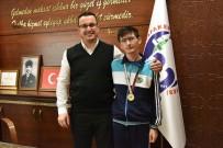 Özel Sporcudan Başkan Kanar'a Ziyaret