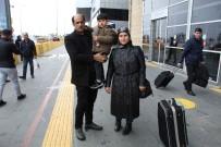 TEDAVİ SÜRECİ - Yardım İçin 2 Milyon 500 Bin Lira Toplandı, Küçük Ahmet Tedavi İçin Ankara'ya Gitti
