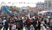 NÜFUS ARTIŞ HIZI - Aydın'ın Nüfusu 1 Milyon 110 Bin Oldu