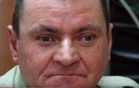 TEDAVİ SÜRECİ - Polonya'da Bir Adam Geçirdiği Trafik Kazası Sonucu Yeniden Görmeye Başladı