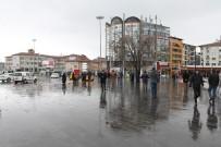 NÜFUS ARTIŞ HIZI - Sivas'ın Genel Nüfusu Azaldı, Merkez Nüfusu Arttı