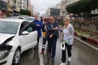 Antalya'da 3 Araçlı Zincirleme Kaza Açıklaması 1 Yaralı