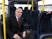 CANLI YAYIN - Başkan Özlü, Örnek Otobüsleri İnceledi