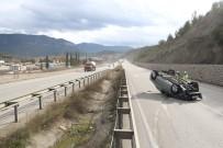 Devrilen Otomobil 90 Metre Sürüklendi Açıklaması 1 Yaralı