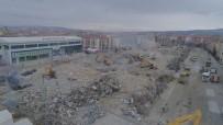 Elazığ'da 4 Bin 600 Bina İçin Yıkım Kararı Verilmişti, Çalışmalar Aralıksız Devam Ediyor