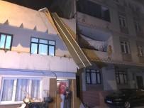 Şiddetli Lodos Fabrikanın Çatısını Uçurdu