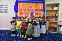 MAMAK BELEDIYESI - Minikler Oyun Odalarında Portakal Sıktı