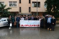 HUKUK FAKÜLTESI - Rektör Çomaklı Ve Öğrencileri Anadolu Üniversitesi Kurucusu Prof. Dr. Orhan Oğuz'u Ziyaret Etti