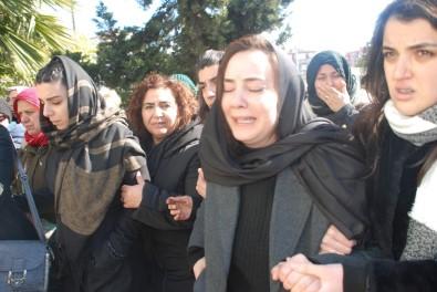 Ablası Feryat Etti: 'Düğünün gelecektim Songül'üm'