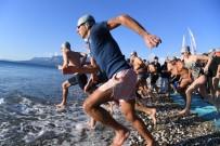 Antalya'da Denizden Çıkıp Bisikletle Dağa Tırmanan Sporcuların Zorlu Mücadelesi