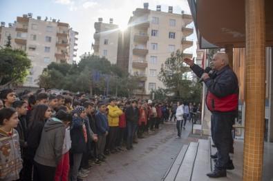 Mersin'de Öğrencilere Deprem Tatbikatı