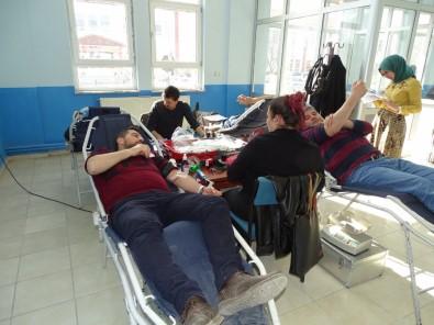 Hisarcık MYO Öğrencilerinden Kan Bağışına Destek