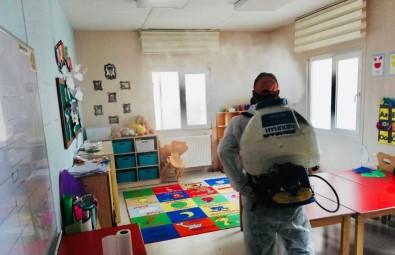 Körfez'de Okullar Ve Yaşam Alanları İlaçlandı