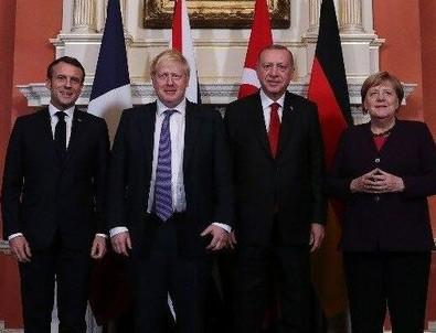 Liderler telekonferans yöntemiyle görüştü!