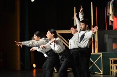 Odunpazarı Belediye Tiyatrosu Mart Ayında Da Seyirciler İle Buluşmaya Devam Ediyor