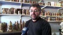 İSHAK PAŞA SARAYı - Bitlis'te Kurumuş Ceviz Ağaçları Tarihi Eserlerin Maketine Dönüştürülüyor