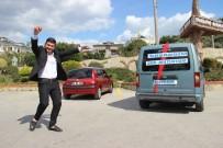 ARAÇ KONVOYU - Boşanmasını Konvoy Ve Oyun Havasıyla Kutladı