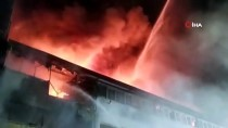 KASıRGA - Esenyurt'ta Korkutan Fabrika Yangını