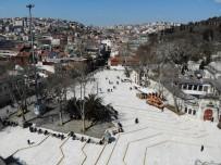 SULTANAHMET CAMII - İstanbul'un Tarihi Camileri Boş Kaldı