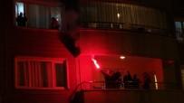 ALLAH - Muş'ta Sağlık Çalışanlarına Balkonlardan Moral Alkışı