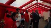 EKREM CANALP - Sınırda Bekleyen Sığınmacılara Sağlık Hizmetleri Üst Düzeyde Veriliyor