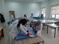OTOMASYON - Adapazarı Halk Eğitim Merkezi Maske Üretimine Başladı