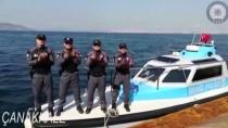 DENİZ POLİSİ - Deniz Polisinden Sağlık Çalışanlarına Alkış Desteği