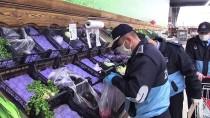 ALLAH - Kastamonu'da 65 Yaş Üstü Vatandaşların Alışverişini Zabıtalar Yapıyor