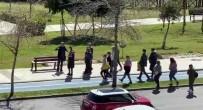 YABANCI TURİST - Antalya'da 'Evde Kal' Çağrılarına Rağmen Tur Gezisi Düzenlediler