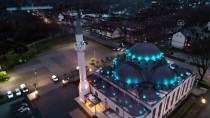 DUISBURG - Avrupa'daki Bazı Camilerde, Koronavirüs Salgını Nedeniyle Ezan Okunmaya Başladı