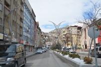 HAKKARI VALILIĞI - Hakkari Halkı Çağrılara Uydu, Caddeler Boş Kaldı