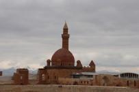 İSHAK PAŞA SARAYı - İshak Paşa Sarayı Korona Virüs Tedbirleri Kapsamında Kapatıldı