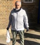 JOSE MOURİNHO - Mourinho, Kimsesizlerin Yardımına Koşuyor
