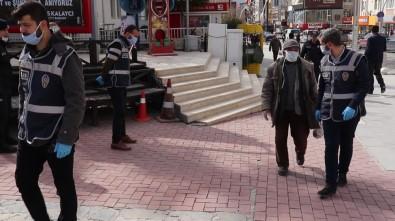 Polisin Evine Bırakmak İstediği Yaşlı Adam Açıklaması 'Yayan Gideyim Dizlerim Açılsın'
