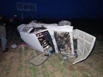 AKSARAY ÜNIVERSITESI - Aksaray'da Otomobil Tarlaya Uçtu Açıklaması 1'İ Çocuk 4 Yaralı