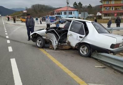 Bartın'da Trafik Kazası Açıklaması 1 Yaralı