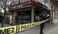 OLAY YERİ İNCELEME - Beyoğlu'nda Yaşlı Bir Adam Boş Dükkanda Ölü Bulundu