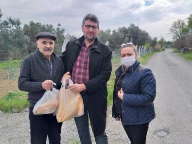 Burhaniyeli Muhtarlar 65 Yaş Üstü Vatandaşların Yardımına Koştu