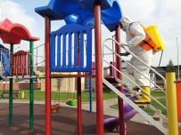 DICLE ÜNIVERSITESI - Çocuk Oyun Parklarına Korona Virüs Önlemi