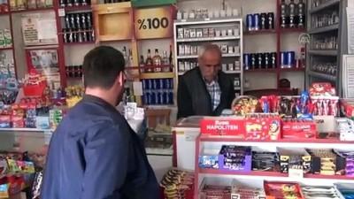 Çorum'da 'Gizli Hayırsever', Bakkalın Veresiye Defterini Satın Aldı