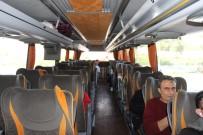 DIYALOG - İzmir Otogarı'nda Otobüsler Yarı Dolu Yola Çıktı