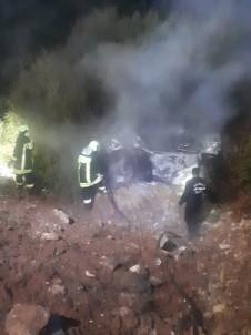 Taklalar Atan Otomobil Alev Aldı Açıklaması 1 Ölü